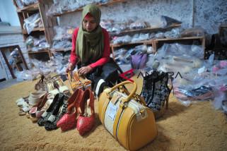 Pemkot Palembang beri bantuan 4.000 UMKM
