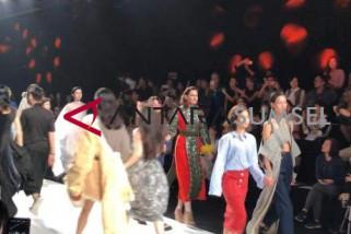 Dua pelajar Indonesia semarakkan Shanghai Fashion Week