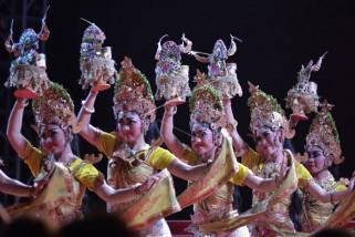 Pementasan Tarian Tradisional Tanah Lot Art and Culture Weekend 2018
