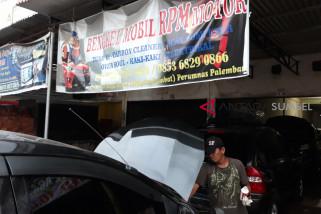 Jelang lebaran bengkel mobil dan motor 'banjir' orderan
