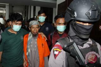 Polisi bersenjata kawal sidang pembubaran JAD