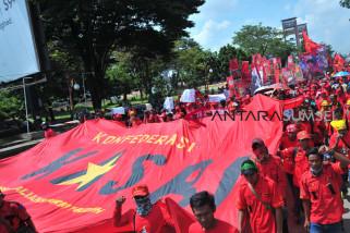 I2: Suara buruh kalah lantang dari Politisi