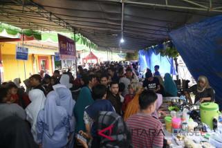Keseruan berburu makanan di Pasar Pabukoan
