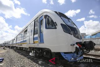 Uji coba kereta api ringan Palembang berjalan lancar