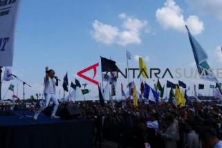 Grup band Radja meriahkan kampanye Sarimuda-Rozak