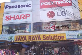 Selama ramadhan, konsumen toko elektronik naik tipis