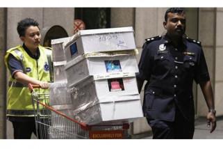 Ratusan tas bermerek,  perhiasan, dan uang  disita dari mantan PM Malayasia