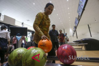 Menteri BUMN tinjau  venue boling Asian Games