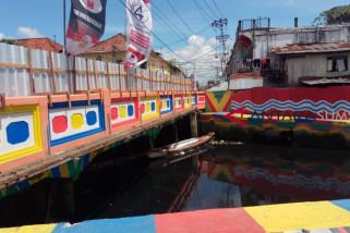 Seniman akan beratraksi di Sungai Sekanak