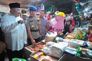 Gubernur Sumsel tinjau pasar tradisional persiapan Lebaran