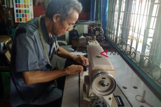 Usaha jahit pakaian di Ki Gede Ing Suro menjanjikan