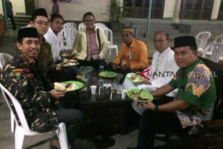 GP Ansor dan Keuskupan Palembang buka puasa bersama