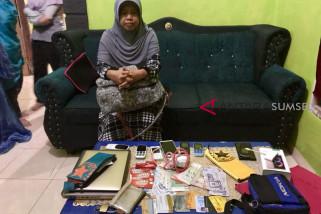 Polda Sumsel tangkap Direktur Hasanah Tour Sriwijaya