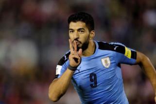 Suarez bawa Uruguay unggul 1-0 atas Arab Saudi