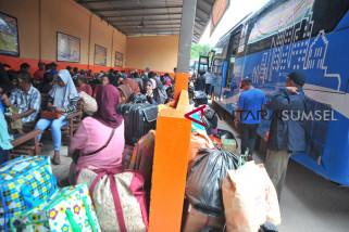 Perum Damri Palembang siagakan 75 bus