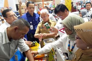 BBPOM Palembang temukan kue kedaluwarsa dan tahu berformalin di Transmart