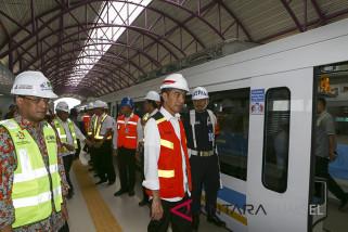 Presiden Tinjau Pengoperasian LRT Palembang