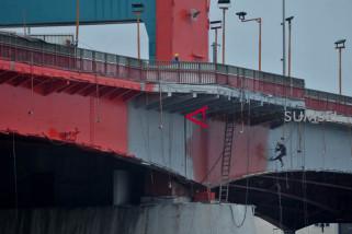 Renovasi jembatan Ampera