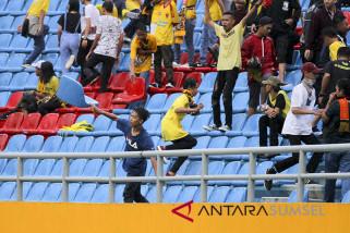 Pelempar kursi stadion dijerat pasal pidana anak