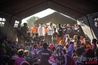 Lima perempuan melahirkan di tenda pengungsi