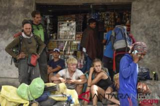 Tim gabungan sisir jalur pendakian Rinjani