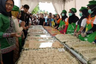 Palembang cetak rekor MURI sajikan 18.818 pempek