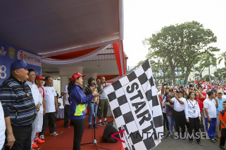 Puan Maharani jalan sehat semarakkan Asian Games 2018