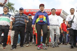 Menteri Puan jalan sehat bersama 15.000 pelajar Palembang