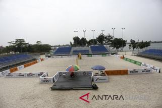 Persiapan Arena Voli Pantai