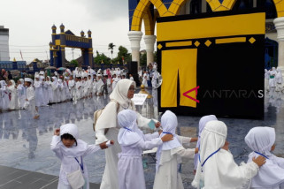 Anak dibawah umur tunaikan ibadah haji