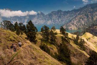 Jalur pendakian Gunung Rinjani longsor akibat gempa