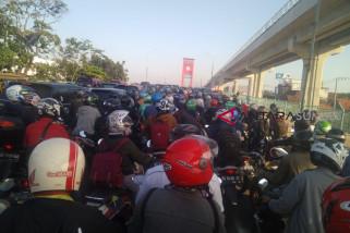 Lagi,  warga keluhkan kemacetan parah di Ampera