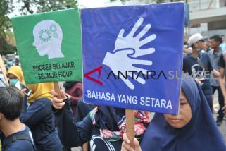 Masyarakat penyandang tuli harapkan pemandu LRT Palembang