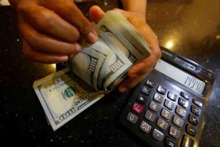Dolar AS melemah tertekan data ekonomi negatif