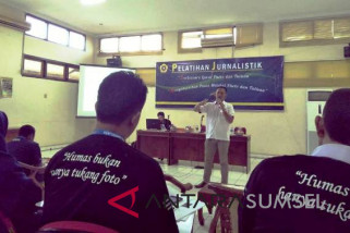 Universitas Sriwijaya bekali dosen dengan kemampuan jurnalistik