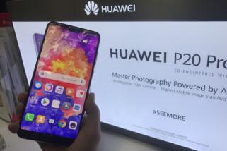 Huawei sindir Apple dan Samsung soal update yang memperlambat ponsel