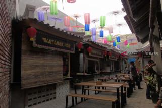 Pusat oleh-oleh bernuansa Chinatown di Kampoeng Palembang