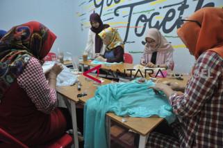 Percantik Hijab dengan bahan anti mahal