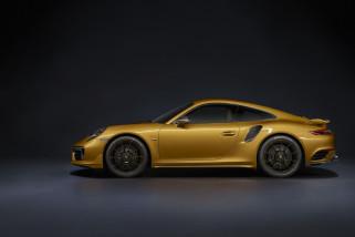 Porsche hadirkan 911 berkelir emas, tapi hanya untuk lelang