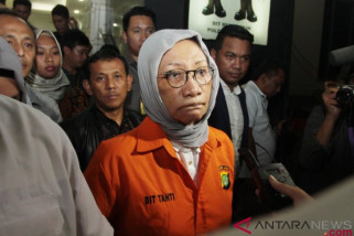 Pengacara segera ajukan tahanan kota Ratna Sarumpaet Senin