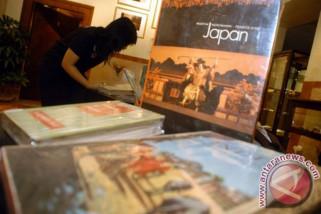 Buku Puisi Esai Indonesia-Malaysia diluncurkan