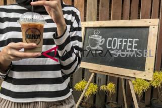 Segarnya es kopi susuka di Kahoy Coffee