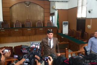 Sidang tuntutan Ahmad Dhani ditunda