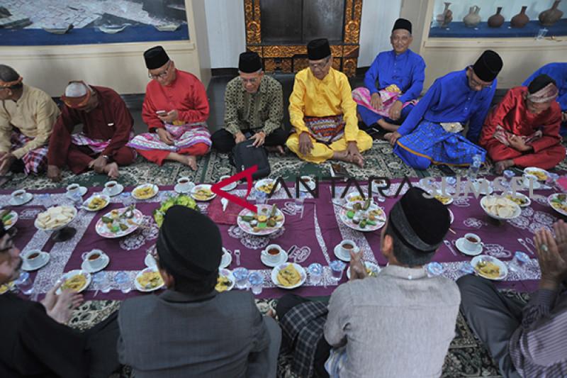 Jamuan Ngidang Khas Palembang
